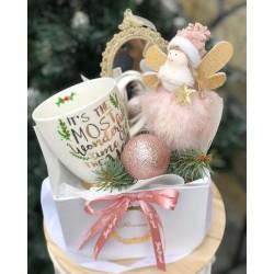 Розов подаръчен комплект