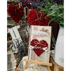 Картичка за Свети Валентин Влюбени гълъбчета и червени рози